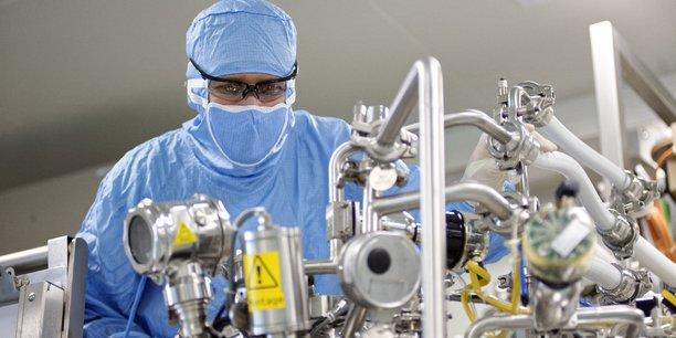 En Auvergne Rhône-Alpes, deux projets majeurs d'unités de bioproduction visant à monter en volume ont été annoncés au cours des derniers mois, portée par le laboratoire Sanofi, mais également par la filiale de l'Institut Mérieux, ABL.