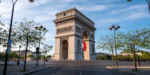 La France s'apprête à reconfiner près d'un tiers de sa population, dont Paris.