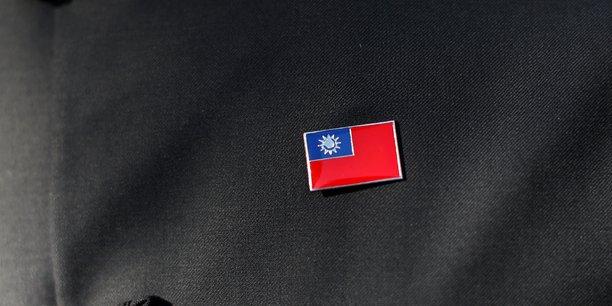 La france recadre la chine apres des avertissements au sujet d'une visite a taiwan[reuters.com]