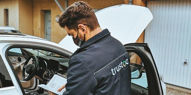Trustoo compte déjà plus de 700 inspecteurs indépendants. En partie grâce à la mise en lumière de la startup lyonnaise dans le magazine Capital sur M6, en février dernier, qui lui a permis de recevoir plus de 3.000 candidatures, contre habituellement une centaine par mois.