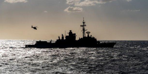 La frégate de lutte anti-aérienne Jean Bart pourrait être céder gratuitement à la Grèce, tout comme la frégate de lutte anti-sous-marine Latouche-Tréville.