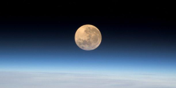 Depuis la mission américaine Apollo 17 en décembre 1972, l'Homme n'est plus revenu sur la Lune. Aujourd'hui, il est question de créer un écosystème dédié à l'économie lunaire.