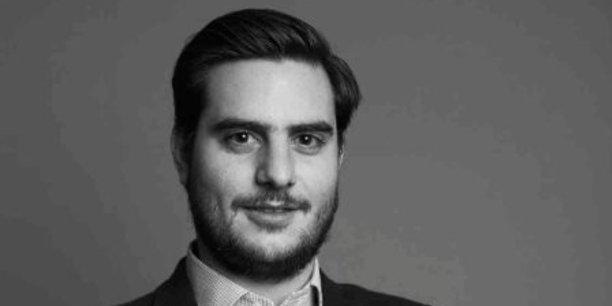 L'Union européenne s'est engagée en décembre 2020, dans le cadre du plan de relance, à soutenir l'industrie européenne des semi-conducteurs. Objectif : produire à terme au moins 20% des circuits intégrés dans le monde. Un plan d'investissement ambitieux, qui pourrait atteindre 30 milliards d'euros, devrait ainsi être annoncé d'ici la fin du premier trimestre 2021 (Clément Rossi, directeur de la Stratégie, des Partenariats et des Relations extérieures du Forum International de la Cybersécurité)