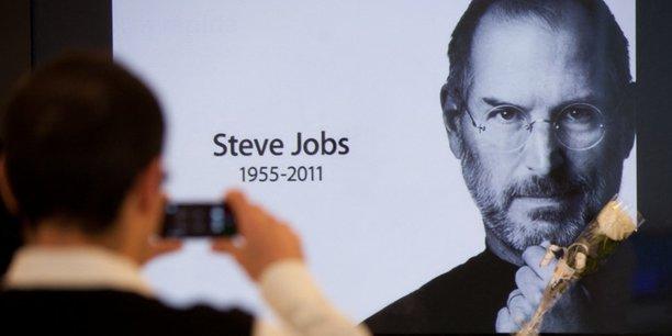 Près de 10 ans après sa mort, l'aura de Steve Jobs reste toujours présente au sein de l'empire Apple.