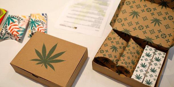 Alors que la France a récemment lancé son expérimentation du cannabis médical, aux Etats-Unis, de jeunes pousses mobilisant les psychédéliques à des fins thérapeutiques remportent les faveurs de Wall Street et des investisseurs californiens.