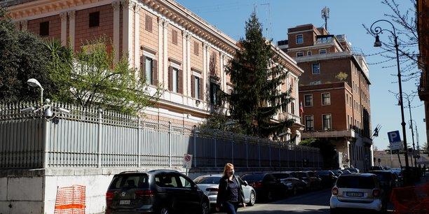 L'italien suspecte d'espionnage a donne a la russie des donnees hautement confidentielles[reuters.com]