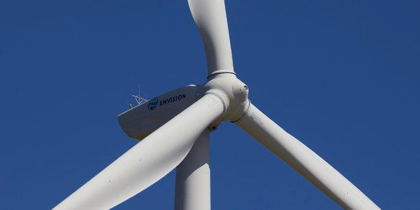 40% des réductions d'émissions se paient d'elles-mêmes, par l'efficacité énergétique, la lutte contre les fuites de méthane ou les parcs solaires ou éoliens là où ces technologies sont déjà les plus compétitives, estime l'AIE.