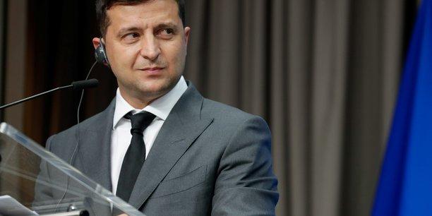 Le president ukrainien en visite dans le donbass[reuters.com]