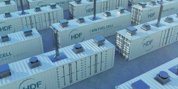 Chacune de ces piles à combustible de forte puissance fait la taille de deux conteneurs.