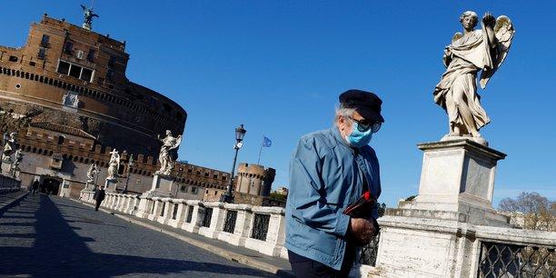 Coronavirus: l'italie recense 331 deces et 15.746 nouveaux cas[reuters.com]