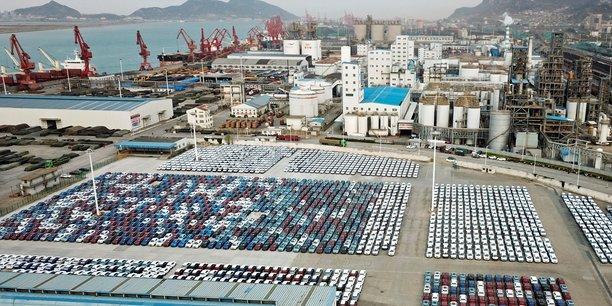 Chine: progression des exportations, les importations a un pic de 4 ans[reuters.com]