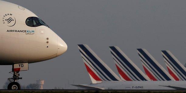 329 emplois de personnel navigant sont concernés par la possible fermeture des bases d'Air France à Toulouse, Marseille et Nice.