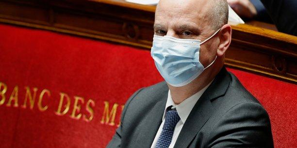 Coronavirus: jean-michel blanquer cas contact, se place a l'isolement[reuters.com]