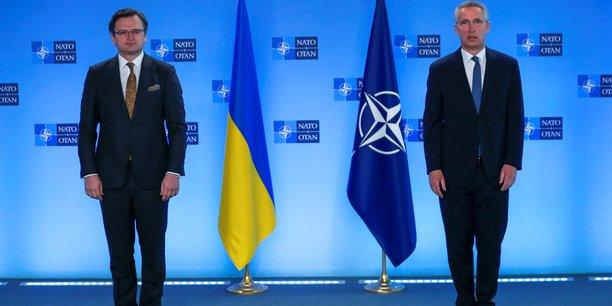 La russie doit mettre fin a l'escalade militaire en ukraine, dit l'otan[reuters.com]
