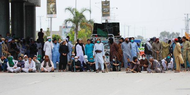 Manifestations anti-francaises au pakistan[reuters.com]