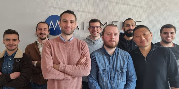 L'équipe d'AirMems autour de Romain Stéfanini, CEO, en rose.