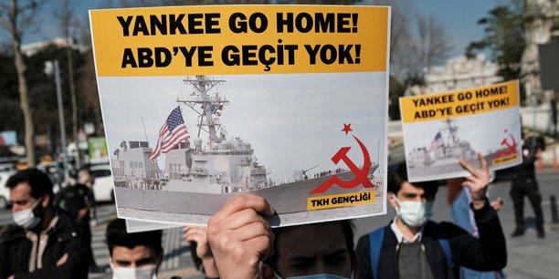 Pas de batiments de guerre us deployes en mer noire, selon des sources a ankara[reuters.com]
