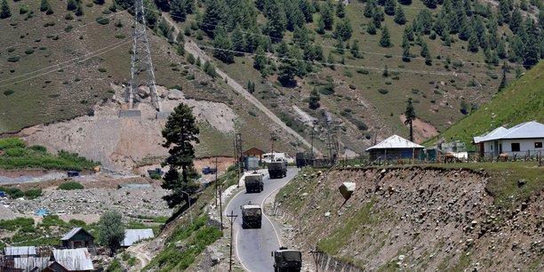 L'inde et le pakistan ont tenu des discussions secretes pour tenter de sortir de l'impasse au cachemire[reuters.com]