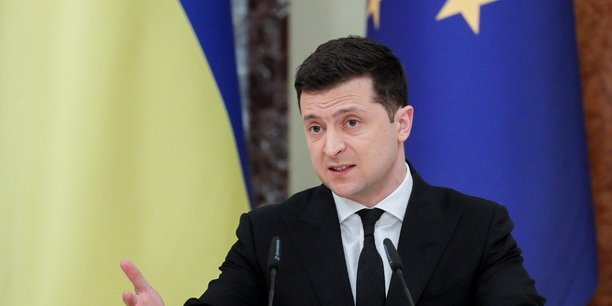 Le president ukrainien va s'entretenir avec macron et merkel[reuters.com]