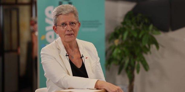 Geneviève Darrieussecq, ministre déléguée à la Mémoire et aux Anciens combattants, est candidate centriste à l'élection régionale en Nouvelle-Aquitaine.