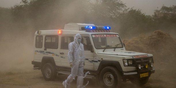 Coronavirus: l'inde enregistre un record quotidien du nombre de nouveaux cas[reuters.com]