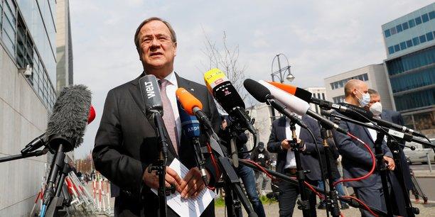Allemagne: le chef de la cdu invite celui de la csu pour designer un candidat a la succession de merkel[reuters.com]