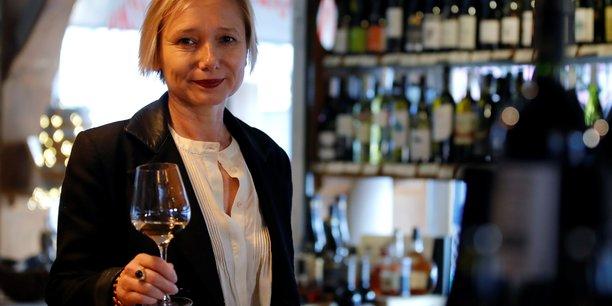 France: quand le covid-19 fait perdre aux oenologues le gout du vin[reuters.com]