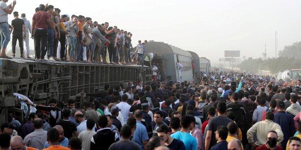 Egypte: le bilan de l'accident de train de dimanche s'eleve a 23 morts[reuters.com]