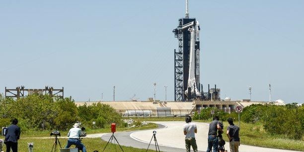 La nasa et spacex s'appretent a envoyer quatre astronautes vers l'iss[reuters.com]