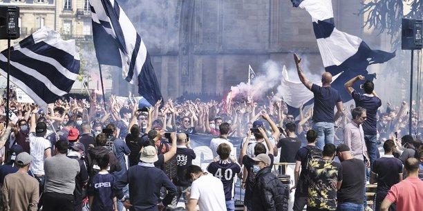 Démonstration de force des Ultramarines ce samedi 26 avril 2021 aux pieds de la cathédrale Pey Berland à Bordeaux après l'abandon du FCGB par son actionnaire unique : King Street Capital.