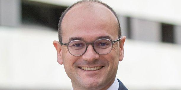 Sébastien Martin est Président de l'Assemblée des Communautés de France (AdCF) et Président de la Communauté d'Agglomération du Grand Chalon (Saône-et-Loire).