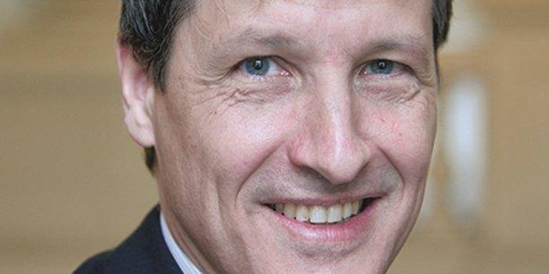 Bernard Lejeune est officiellement depuis ce mardi matin le nouveau président de la Chambre Régionale des Comptes Auvergne-Rhône-Alpes, date de la publication de sa nomination au Journal Officiel.
