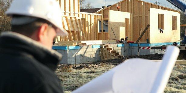 Le secteur du BTP souffre actuellement d'une pénurie de matériaux comme le bois de construction.
