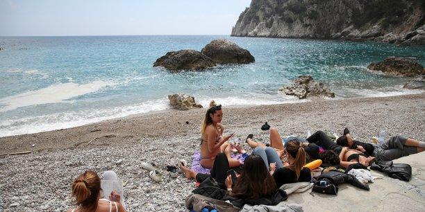 Draghi appelle les touristes a revenir en italie[reuters.com]