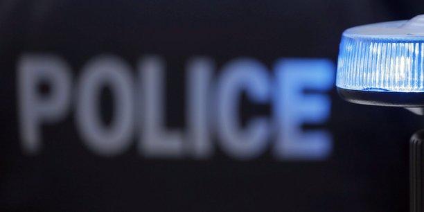 Un policier tue par balle lors d'une intervention a avignon[reuters.com]