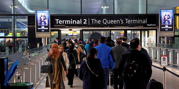 La grande-bretagne autorise certains voyages a l'etranger[reuters.com]