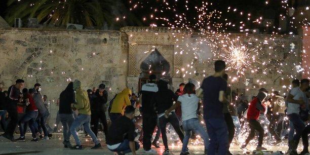 Heurts entre police israelienne et palestiniens a jerusalem[reuters.com]
