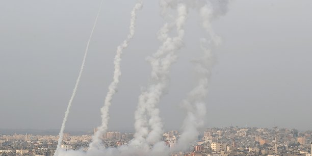 Neuf palestiniens tues dans des raids israeliens sur gaza[reuters.com]