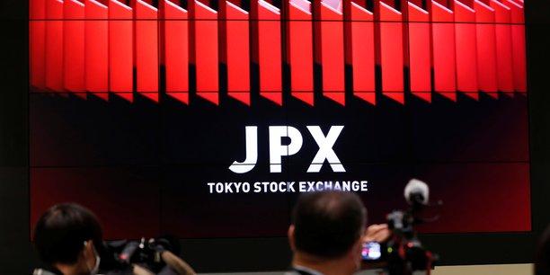 Tokyo finit en forte baisse[reuters.com]