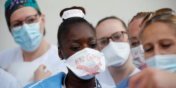 Les personnels des services de reanimation en greve pour un meilleur salaire[reuters.com]