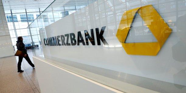 Commerzbank plus optimiste pour 2021, retour du benefice au t1[reuters.com]