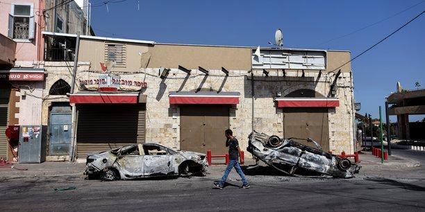 Des violences eclatent dans les villes arabo-juives d'israel[reuters.com]