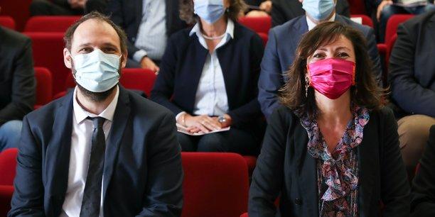 Vincent Bounes, le nouveau vice-président délégué à la Santé au conseil régional d'Occitanie et sa présidente socialiste Carole Delga ont détaillé le dispositif dans les lycées pour la rentrée scolaire.