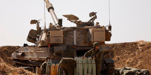 Israel masse des troupes pres de gaza, le conflit ne faiblit pas[reuters.com]