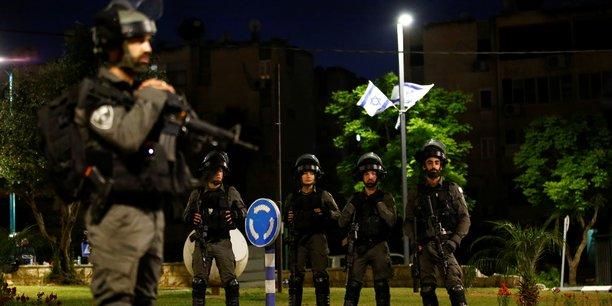 Trois roquettes ont ete lancees depuis le liban vers israel, selon l'armee israelienne[reuters.com]