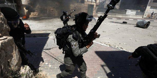 Israel poursuit son offensive sur gaza en visant des tunnels palestiniens[reuters.com]