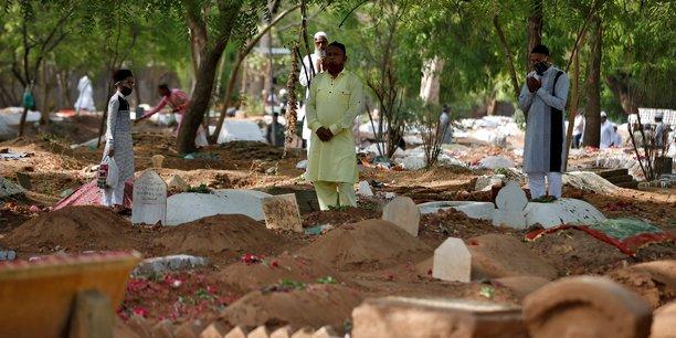 Coronavirus: l'inde recense pres de 4.000 deces, l'oms inquiete[reuters.com]