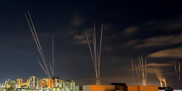 Israel bombarde le domicile d'un chef du hamas, 7e jour de combats[reuters.com]