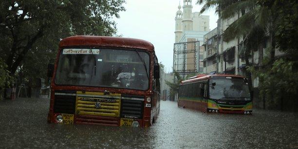 Le cyclone tauktae, double peine pour l'inde frappee par le covid[reuters.com]