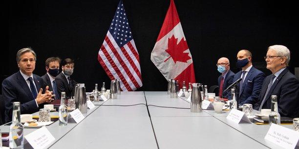 Mercredi, en Islande, en prélude à la réunion du Conseil de l'Arctique ce soir, le ministre des Affaires étrangères américain Anthony Blinken a rencontré (à gauche, sur la photo) son homologue canadien Marc Garneau. À cette occasion, face aux prises de positions belliqueuses de la Russie à propos de l'océan Arctique, il a réaffirmé vouloir préserver cette région en tant qu'endroit de coopération pacifique en matière de climat ou d'avancées scientifiques.